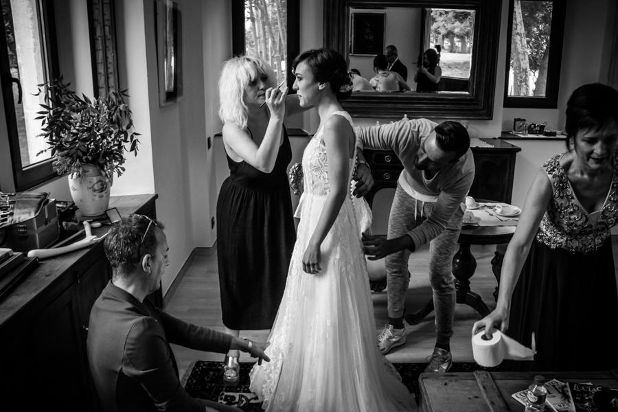 fotos de boda en la casona de las fraguas cantabria los zapatos de novia foto últimos preparativos