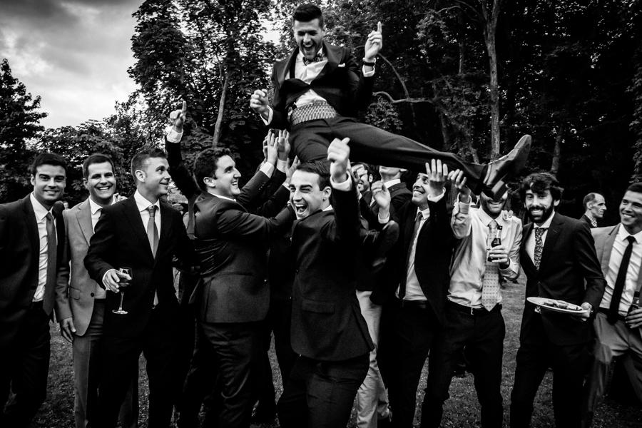 fotos de boda en la casona de las fraguas cantabria novia sorprendida