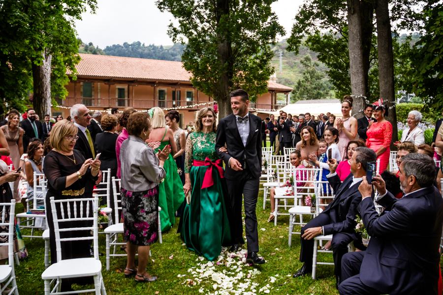 fotos de boda en la casona de las fraguas cantabria invitados