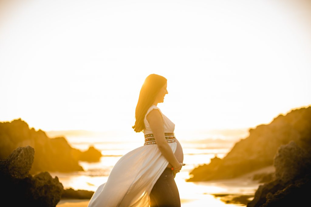 foto de mujer embarazada